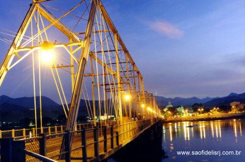 ponte_metalica_sao_fidelis_rj_1
